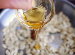 Тыквенные семена с касторовым маслом